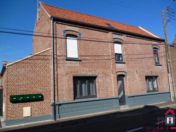 Camphin en Carembault, Appartement T3 690€ Hors Charges  Duplex-70m², 2 chambres et parking,